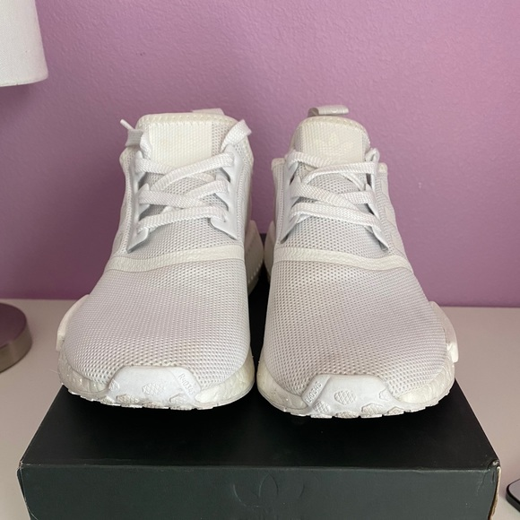 nmd r1 shoes womens white
